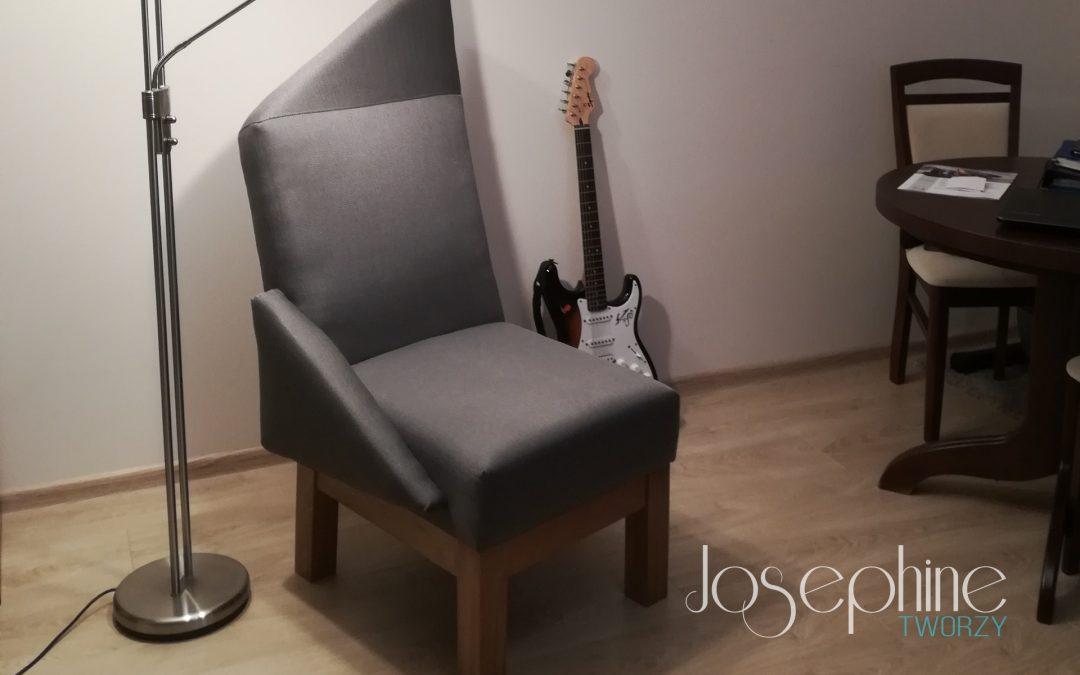 Męski punkt widzenia. Projekt fotela Jimi dla muzyka rockowego.